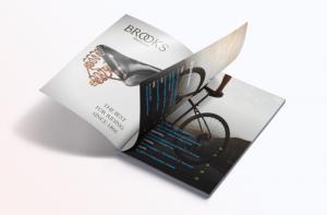 Magazine-Mockup-Cover-Opening3